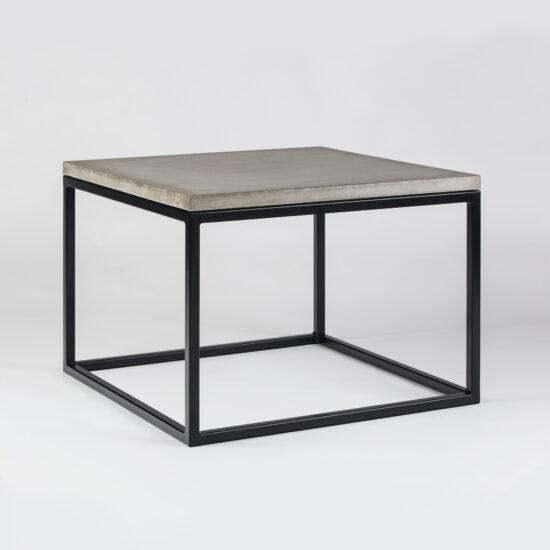 Betoonist plaadiga laud